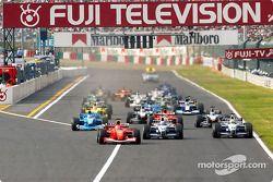 El inicio: Michael Schumacher, Juan Pablo Montoya y Ralf Schumacher al frente del grupo