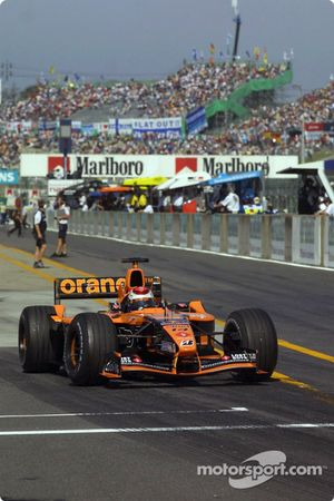 Jos Verstappen a la salida de los pits
