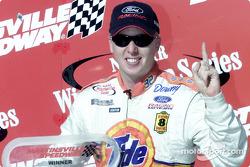 El ganador de la carrera, Ricky Craven
