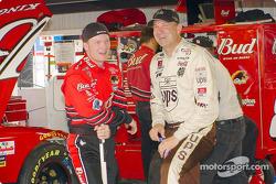 Dale Earnhardt Jr. y Dale Jarrett