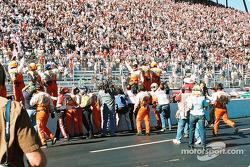 El equipo del PPI Motorsports celebrando