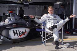 Mika Hakkinen esperando a que empiece la fiesta