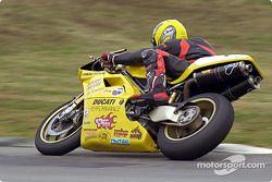 Jolie Ducati