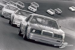 Bill Elliott and the number 9 Coors/Melling Ford Thunderbird won a record 11 NASCAR superspeedway races in 1985