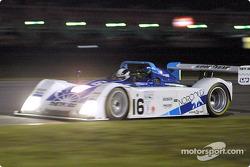 James Weaver et Butch Leitzinger ont conduit la Ford R&S n°16 à la victoire