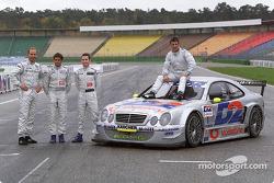Jean Alesi, con Uwe Alzen, Giuliano Morro y Danny Watts