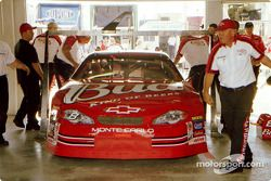 Technical inspection for the Bud car