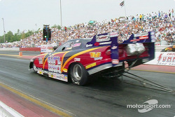 Laurie Cannister, pilote Funny Car
