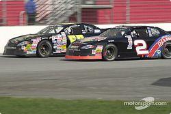 Shane Hmiel et Kerry Earnhardt