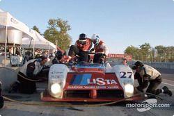 Didier Theys sort de son baquet et laisse sa place à Mauro Baldi dans la Judd Ferrari du Doran Lista Racing