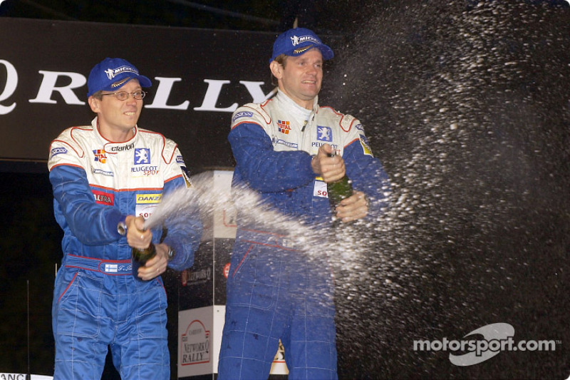 El podio: el ganador de la carrera, Marcus Gronholm
