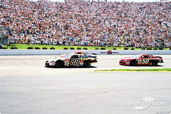 Dale Jarrett y Rick Mast