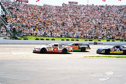 Kevin Harvick y Stacy Compton