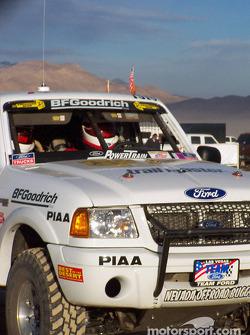 Steve Olliges Team Ford Ranger start line