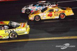 Bobby Hamilton, Morgan-McClure Motorsports, Chevrolet Monte Carlo, Jeff Burton, Roush Racing, Ford Taurus