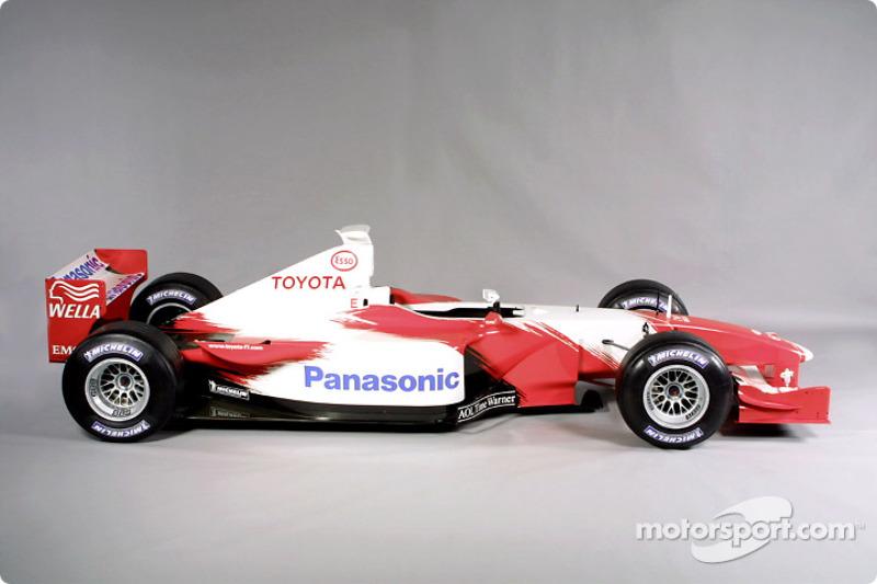 El Toyota Formula 1 TF102 2001