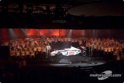 Lancement de la BAR Honda 004