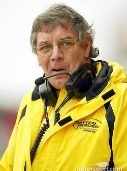 Director de carrera e ingenieria de pruebas de Jordan, Gary Anderson