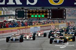 De start: Damon Hill, Alain Prost, Ayrton Senna en Michael Schumacher