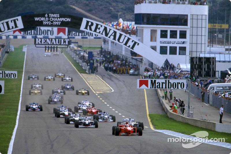 Le départ : Michael Schumacher devant Jacques Villeneuve et Heinz-Harald Frentzen