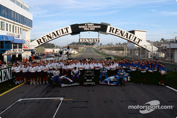 Williams and Benetton teams celebrating Renault's six world championship titles: Jacques Villeneuve,