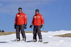 Luciano Burti et Rubens Barrichello en snowboard