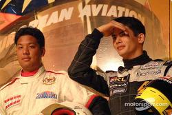 El piloto de Rally, Saladin Mazlan y Alex Yoong