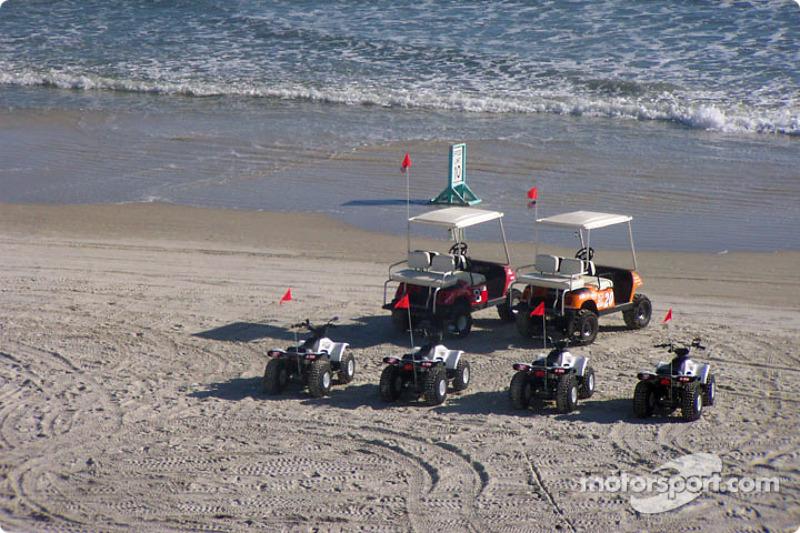 Dale Earnhardt Jr. and Tony Stewart's 4-wheeler on Daytona beach