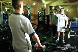 Young pilotu s gym