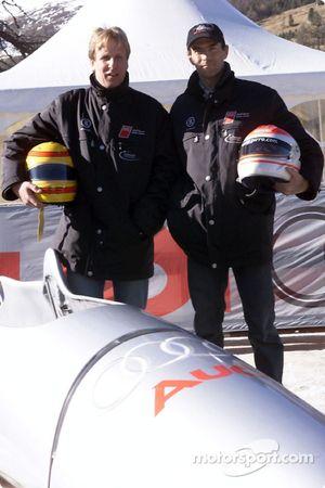 Frank Biela y Emanuele Pirro con el bobsled Audi en la pista olímpica de St. Moritz