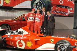 Michael Schumacher, Rubens Barrichello, Luca di Montezemelo y Jean Todt