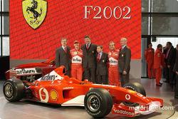 Paolo Martinelli, Michael Schumacher, Ross Brawn, Jean Todt, Rubesn Barrichello y Rory Byrne