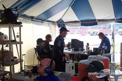 Rocketsports Racing pit box