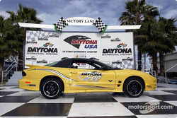 The 2002 Daytona 500 will be paced by celebrity comedian Jay Leno in a stock production Collector Edition Trans Am