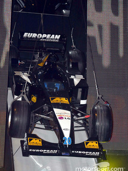 El Minardi Asiatech PS02