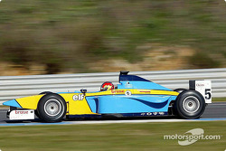 Tiago Monteiro teste la Super Nova Lola B2/50 du Renault Junior Team