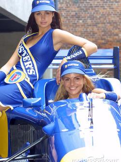 Presentación de los uniformes de las Foster's Grid Girl para el Gran Premio Foster's de Australia 2