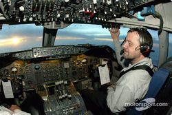 Su piloto para este vuelo: Paul Stoddart