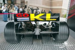 El nuevo Minardi Asiatech PS02: parte trasera