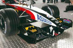 El nuevo Minardi Asiatech PS02: parte frontal