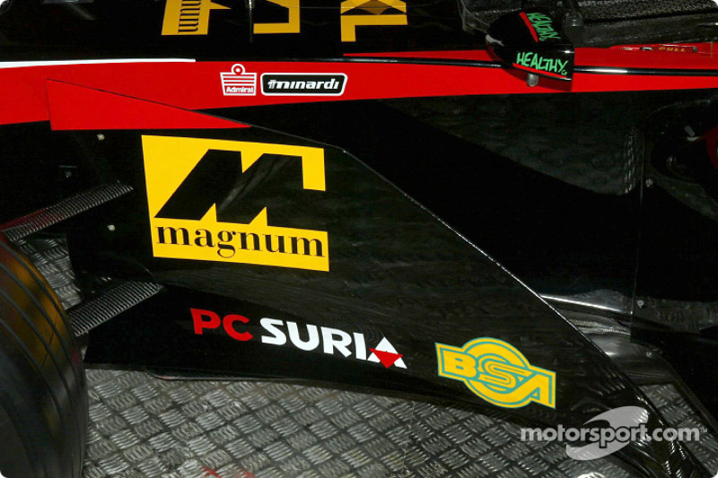 Minardi Asiatech PS02: plan serré