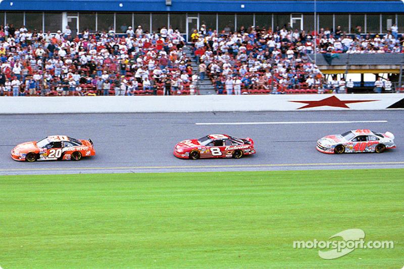 Tony Stewart, Dale Earnhardt Jr. y Sterling Marlin