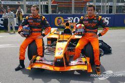 Lanzamiento oficial del Arrows A23: Heinz-Harald Frentzen y Enrique Bernoldi