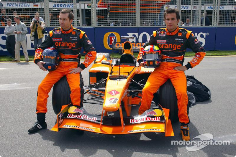 Official launch, Arrows A23: Heinz-Harald Frentzen ve Enrique Bernoldi