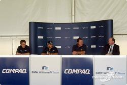 Día del pilotoCompaq: Sam Michael, Juan Pablo Montoya, Alan Jones y Andrew Collis