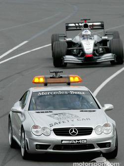 Güvenlik Aracı front, David Coulthard