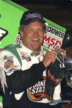 Steve Kinser added to his trophy collection with a win in the Silver State Shootout finale on Saturday night