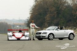 Présentation Infineon Audi R8 (2002) : Infineon Audi R8, Frank Biela, Audi TT Roadster