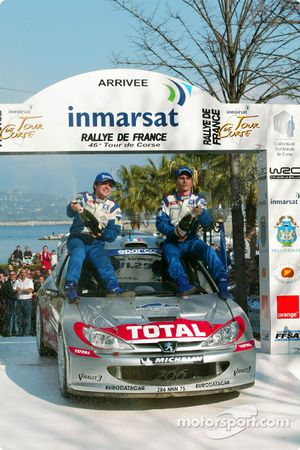 Arrival: winners Hervé and Gilles Panizzi