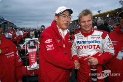 Mr. Okuda y Mika Salo